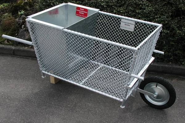 Abfallkorb mit Fahrgestell